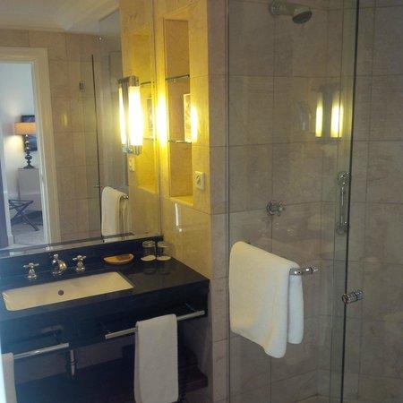 Grand Hyatt Amman : Bathroom