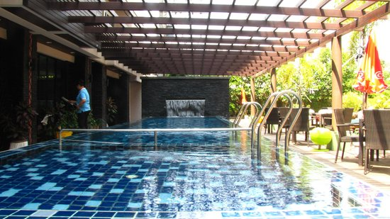 Baramee hip hotel bild fr n baramee hip hotel patong for Hippest hotels