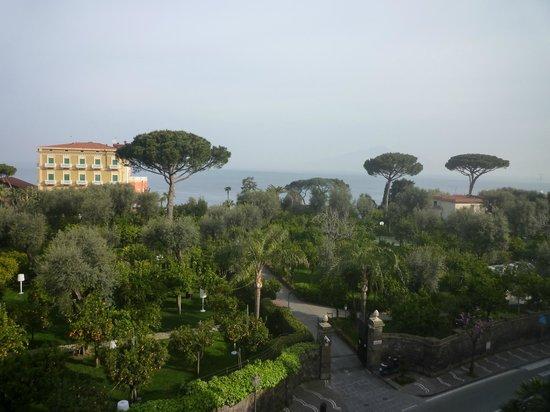 Carlton International Hotel: View from Room 309