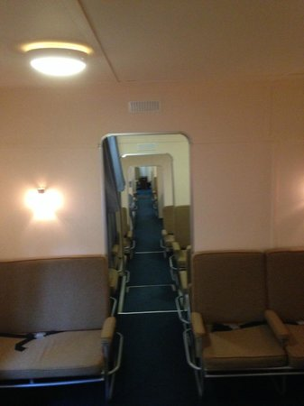 Foynes Flying Boat Museum : Inside passenger compartment