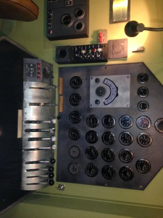 Foynes Flying Boat Museum : Engineers panel