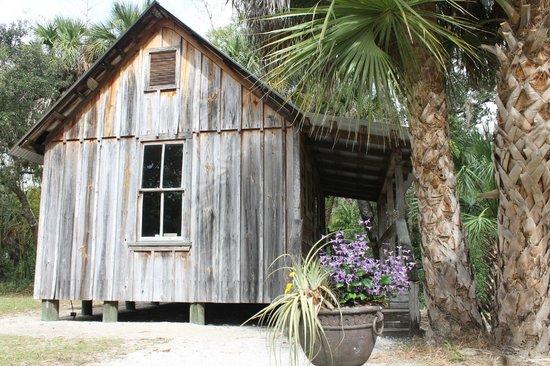 Koreshan State Historic Site: cracker house at the historic settlement