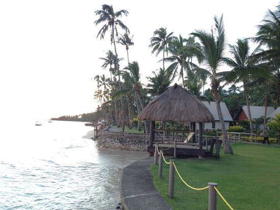 Fiji Hideaway Resort & Spa: A view of the beach