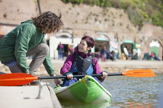 Saddles & Paddles Exeter Ltd: Canoes and kayaks available to hire
