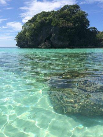 Argonauta Boracay: The beautiful crystal clear waters of Baling Hai beach