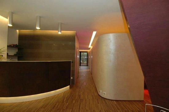 Cabina massaggi foto di estetica la dea bologna for Cabina di 300 piedi quadrati