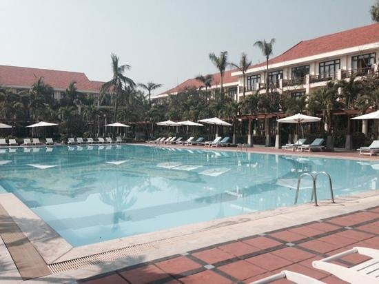 Sun Spa Resort Quang Binh Vietnam: best thing was the pool