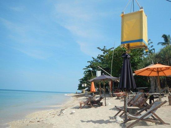 Coco Lanta Resort: Beach