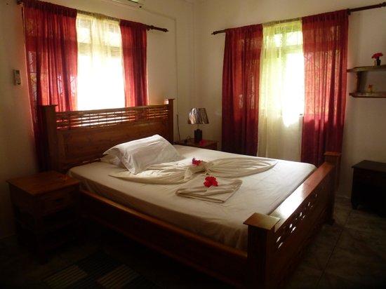Buisson Guesthouse La Digue : спальня
