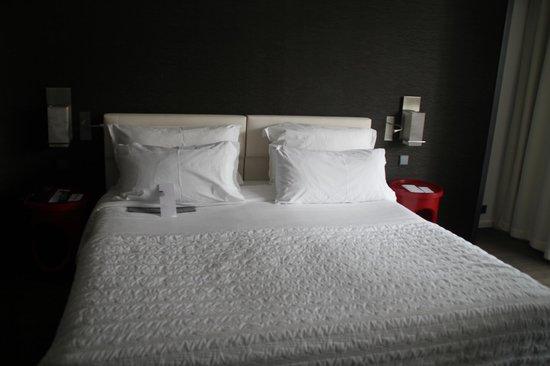 Le Meridien Nice: The best bed ever!
