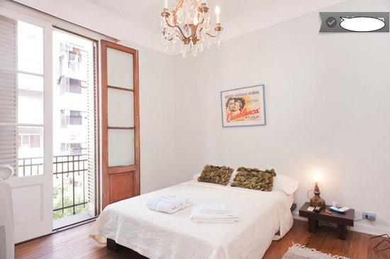 Gus Recoleta Guesthouse: DOUBLE WITH BALCONY