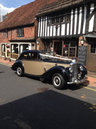 The George Inn: Arriving in style