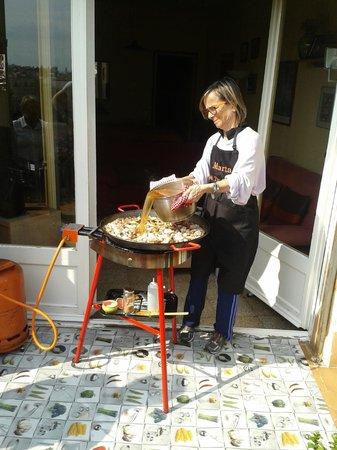 Marta's Private Paella Cooking Classes : Marta's paela
