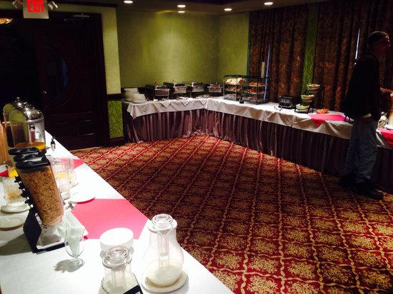 Best Western Regency House Hotel: Wonderful breakfast area and very attentive waitresses..