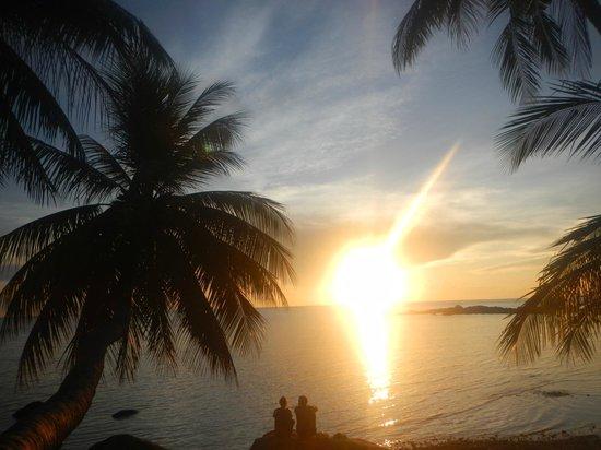 Sunset Cove Resort: Chao Phao Sunset