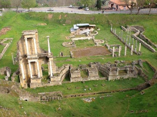 Teatro Romano (Roman Theater & Baths): Teatro romano- Volterra