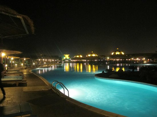 Jungle Aqua Park : Night panorama is amazing