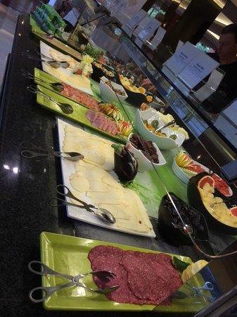 Falesia Hotel: buffet