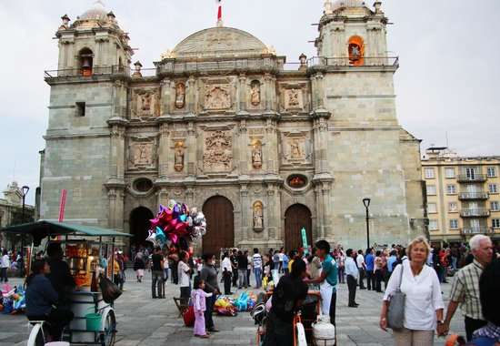 Cathedral of Oaxaca: Outside