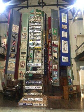 District Six Museum : praça central do museu
