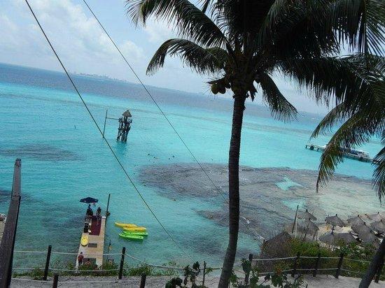 Garrafon Natural Reef Park : RESTAURANTE PRINCIPAL