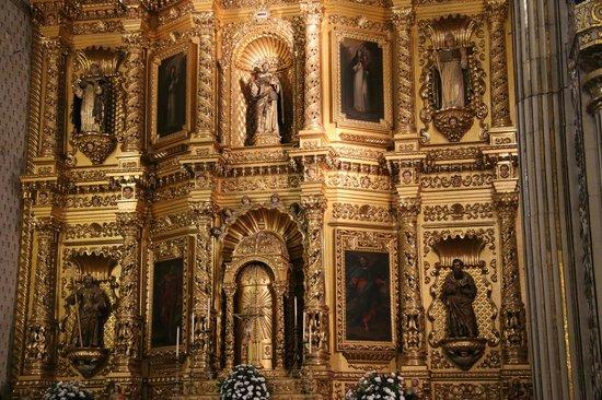 Templo de Santo Domingo de Guzmán: Main Altar