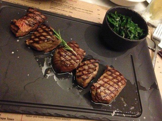 Carne on Keerom: Nham !