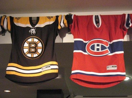 Le Saint-Pierre Auberge Distinctive: Hockey Town