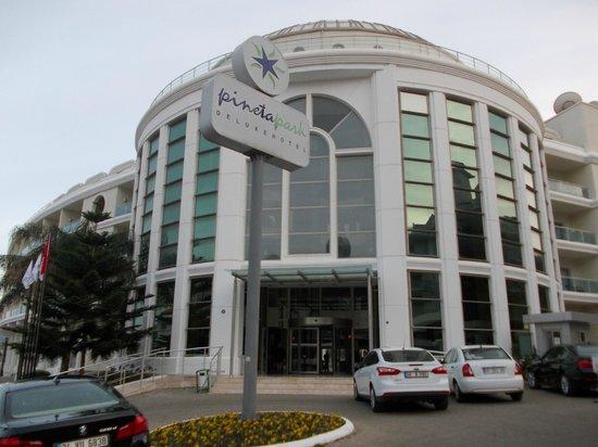 Pineta Park: hotel entrance