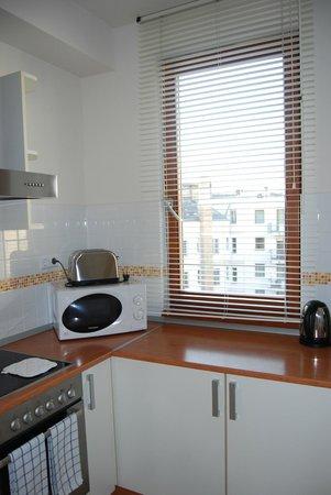 7Seasons Apartments Budapest: kitchen