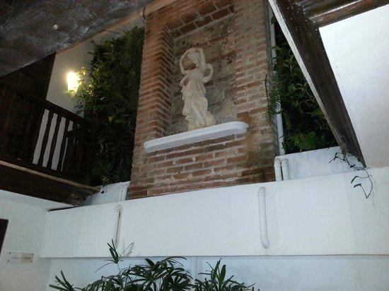 Hotel Santo Toribio: Pasillo