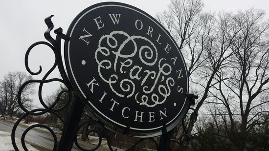 Pearl's New Orleans Kitchen: Love their logo