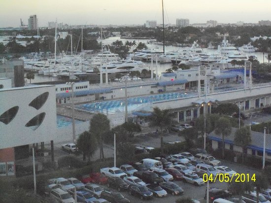 Courtyard Fort Lauderdale Beach: a picture of the International Swimming hall of fame