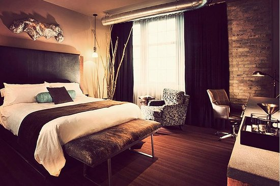 Iron Horse Hotel: King Room