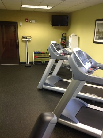 Holiday Inn Express & Suites Wilmington - University Center: Fitness Center