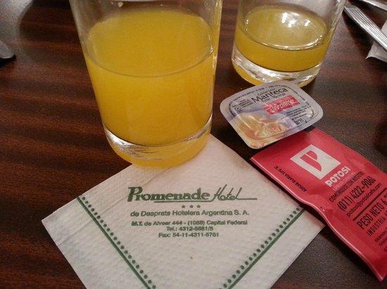 Hotel Promenade: Café da manhã