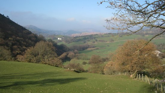 Anglesey Walking Holidays - Day Tours: Clwydians