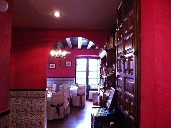 Restaurante Casa de Comidas Doña Cayetana: LOS COMEDORES