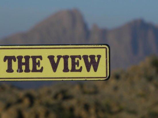 The View: ...und unten ruht die Welt...