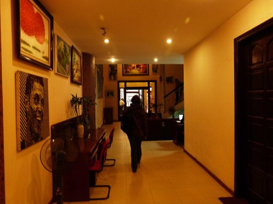 New Vision Hotel: Reception