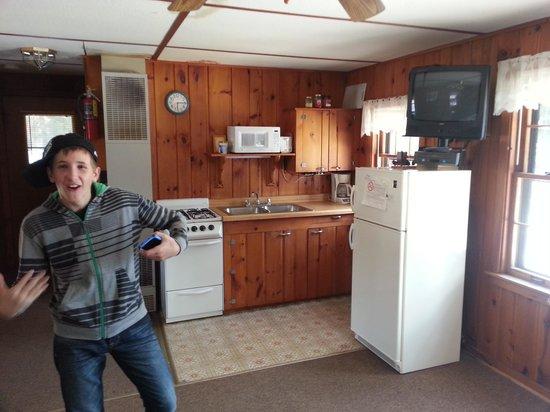 Twin Waters Resort : Teepee Cabin