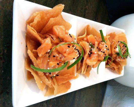 Rachel's Waterside Grill: Salmon Tartare