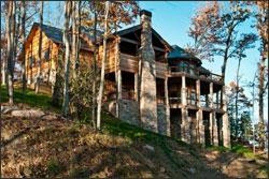Cherokee Mountain Cabins: Sanctuary Elevation 3600 Ft