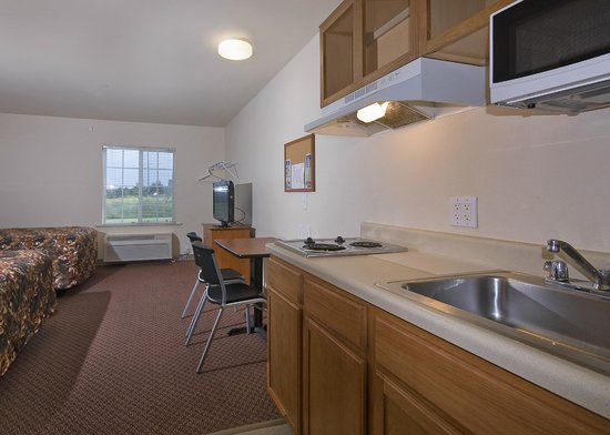 Value Place Greenville : in Kitchen
