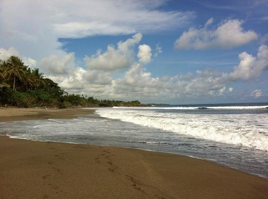 Villa Helen Balian: Beach close by Villa Helen