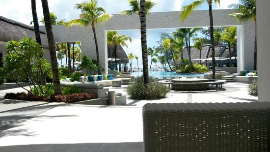 Ambre Resort & Spa: View from the reception area