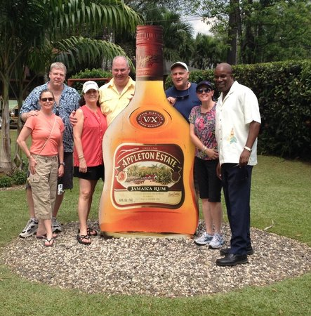 Dudley's Big Ship Taxi and Tours: Trip to Appleton Rum Factory