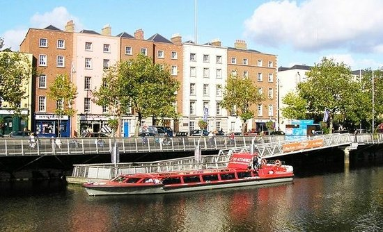 Dublin Discovered Boat Tours : Our Mooring at Bachelors Walk