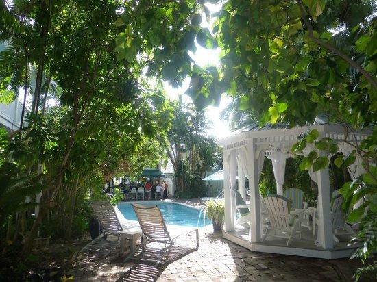 The Gardens Hotel : Gazebo