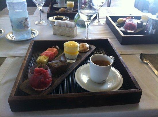 Petite-Ile, Réunion: Le café gourmand